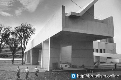 Fine Arts Center, University of Massachusetts, Amherst, Massachusetts_3