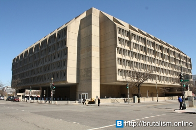 Hubert H. Humphrey Building, the United States Department of Health and Human Services headquarters_1